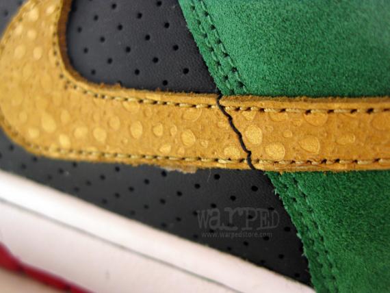 Nike SB Dunk Low - Green / Black - Mustard