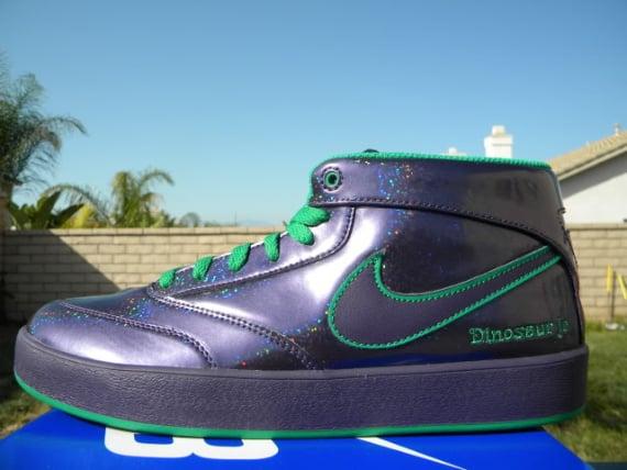 Nike SB Omar Salazar x Dinosaur Jr. – Available on eBay
