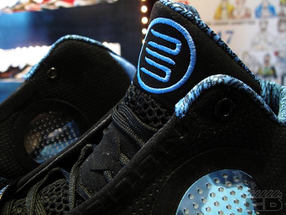 Air Jordan 2010 - Black / University Blue - Now Available