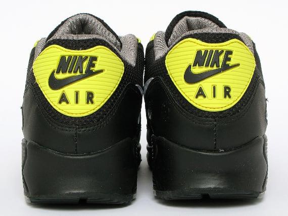 Nike Air Max 90 - Black  / White - Vibrant Yellow