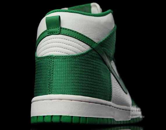 Nike Dunk High - White / Green
