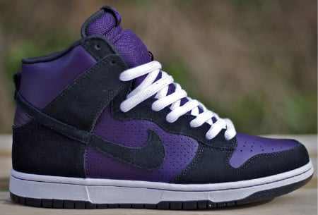 Nike Dunk SB High - Grand Purple / Black - White. Near the end of March,