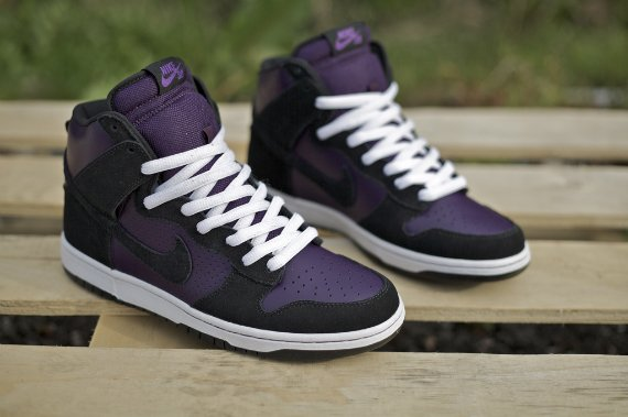 buy popular 28521 7f0d6 Nike Dunk SB High - Grand Purple / Black - White | SneakerFiles