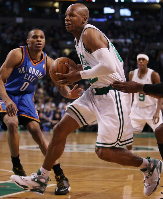 On Court: Air Jordan VIII (8) - Ray Allen PE