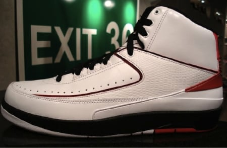 Detailed Look: Air Jordan II (2) - White / Black - Varsity Red