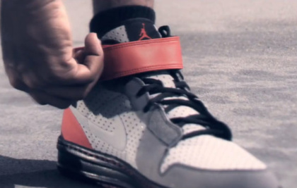 Air Jordan 2010 Outdoor/ Alpha 1 Outdoor - Videos