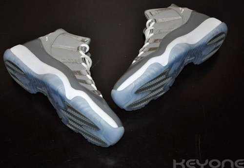 Jordan XI 'Cool Grey' Images