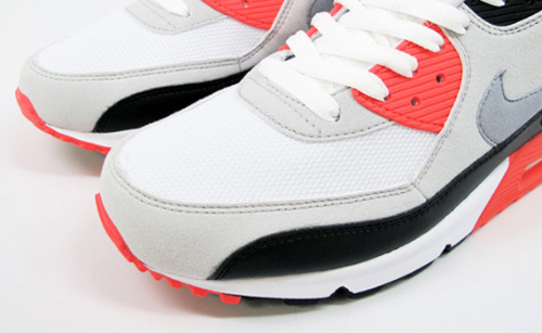 Nike Air Max 90- 'Infrared' Available Now