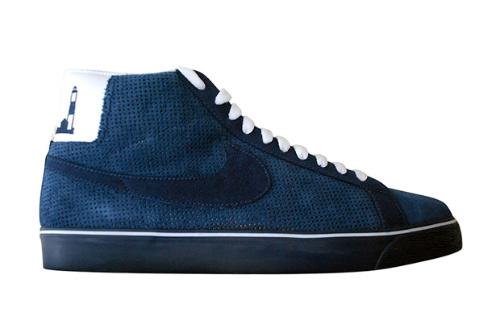76fce6fe9a21 Nike SB Blazer Hi Premium x Poets New York