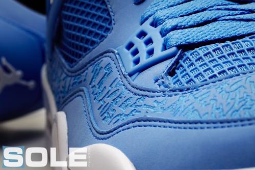 Air Jordan x Pantone 284 Collection - Air Jordan IV & V