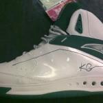 Kevin Garnett's Anta Signature