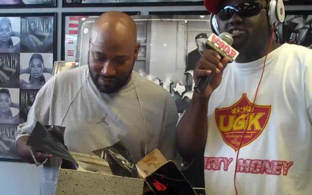 Video: DJ Greg Streets Gives Bun B OG Jordans