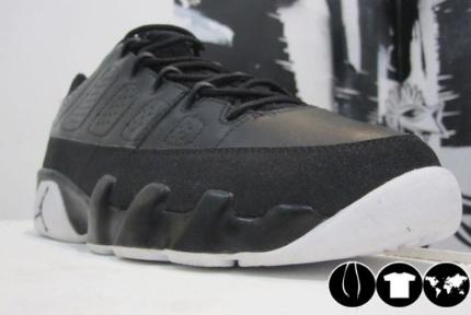 Air Jordan Retro IX Low Sample - Black/White-Grey