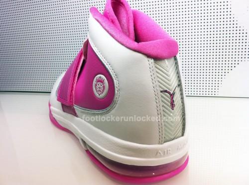 NikeKobeVLebronIVWBCA5