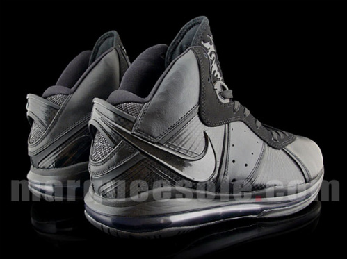 Nike Air Max LeBron VIII 'Blackout' - New Images