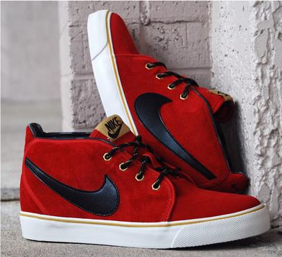 Nike Toki ND - Varsity Red/Black-Metallic Gold