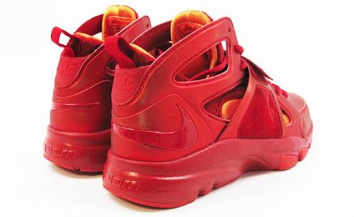 Nike Zoom Huarache TR Mid 'Flash' - Available