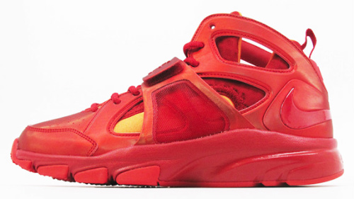 Nike Zoom Huarache TR Mid 'Flash' - Available