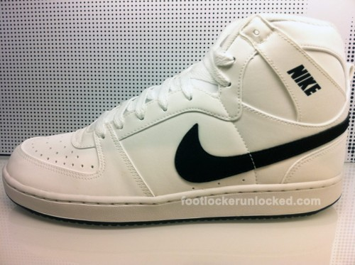 NikeConvention3MWhiteBlack2