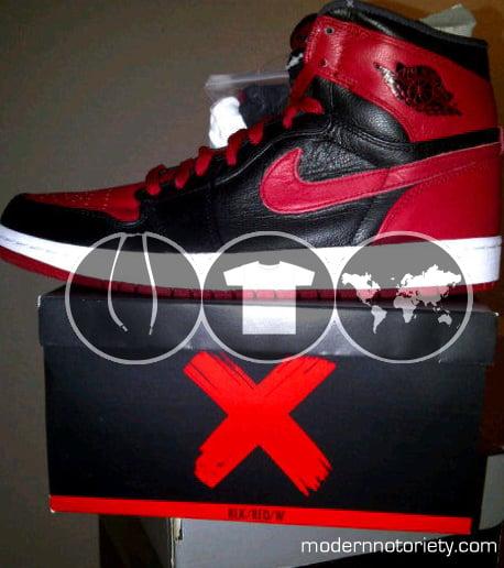 Air Jordan 1 'Banned' New Images
