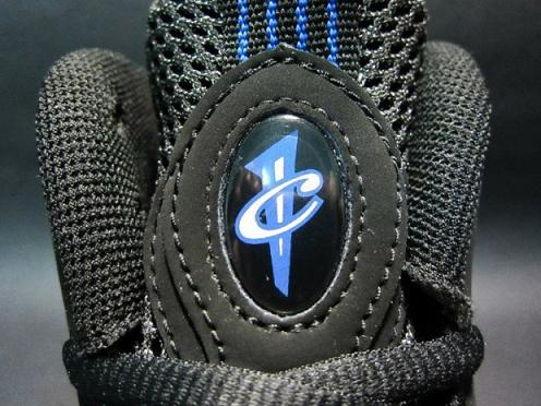 Nike Air Foamposite One 'Dark Neon Royal' New Images
