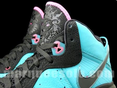Nike Air Max LeBron VIII 'Pre-Heat' - New Images