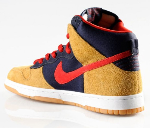 Nike SB Dunk High - Dark Obsidian-Varsity Red/Maple|December 2010