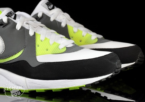 NikeAirMaxLightNanoGreyNeon1