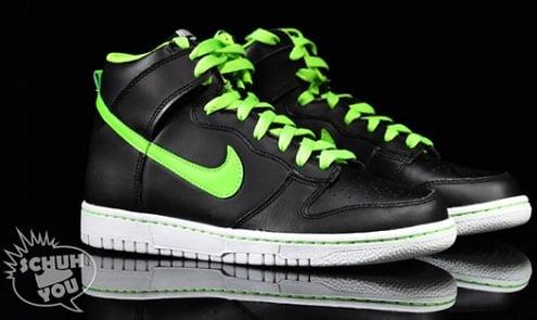 NikeDunkHighGSGlow1