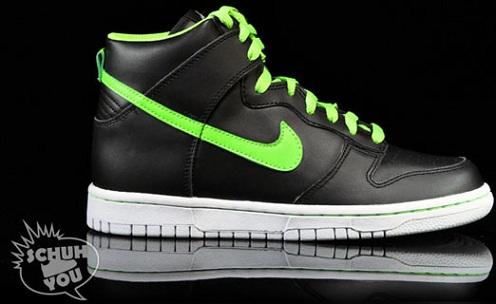 NikeDunkHighGSGlow2