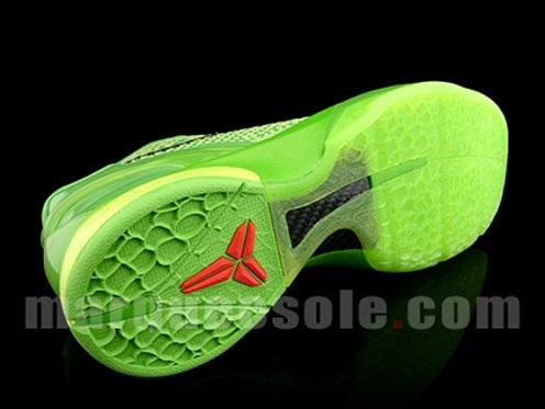 NikeZoomKobeVIGrinch4