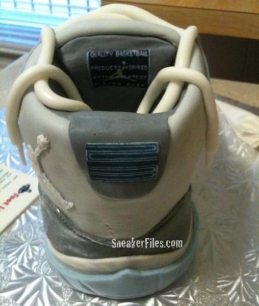 Air Jordan 11 Cool Grey Cake