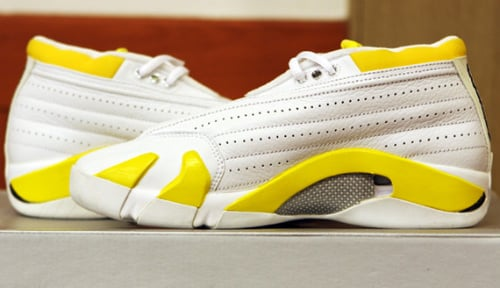 Air Jordan XIV Low Women - White - Varsity Maize|Unreleased Samples