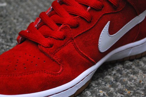 Nike SB Dunk Mid - Red - White - Gum Sole