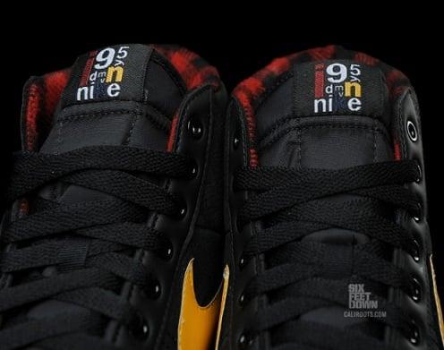 NikeBlazerSPBlackDelSolRed2