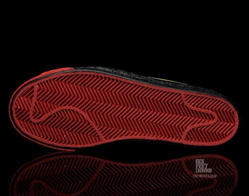 NikeBlazerSPBlackDelSolRed4
