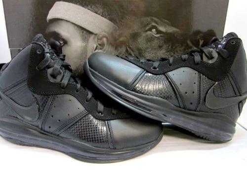 Nike Air Max LeBron 8 - 'Triple Black' - New Images