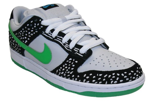 Nike Dunk Low SB 'Loon' Available Online