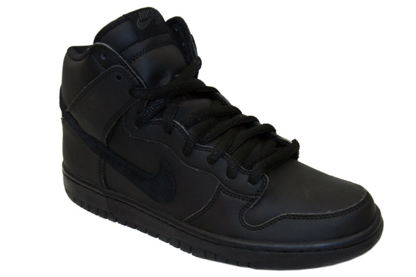 Nike SB Dunk High – Black/Black Gore-Tex Now Available