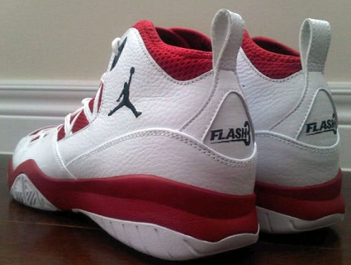 "Air Jordan Pre-Game XT - Dwyane Wade ""Flash3"" PE"
