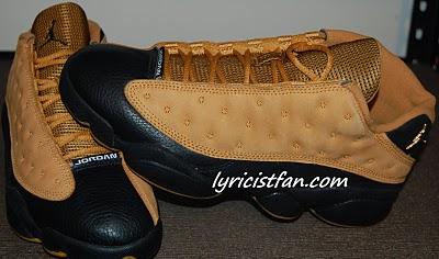 Air Jordan XIII (13) Low Black/ Chutney Sales Sample
