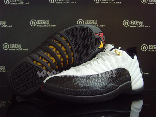 Air-Jordan-XII-(12)-Low-'Taxi'-2011-Retro-02