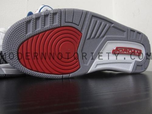 Air-Jordan-Retro-III-(3)-'True-Blue'-2011-05
