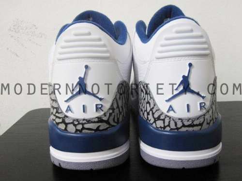 Air-Jordan-Retro-III-(3)-'True-Blue'-2011-03