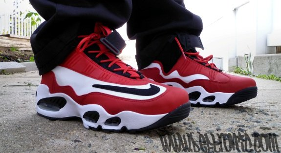 Nike Air Max Griffey 1 BlackWhiteRed | SneakerFiles