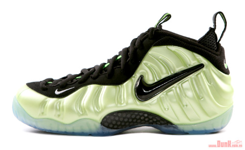 Nike-Air-Foamposite-Pro-'Electric-Green'-Detailed-Images-01