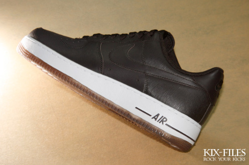 Nike-Air-Force-1-LE-'Microstripe'-Collection-04