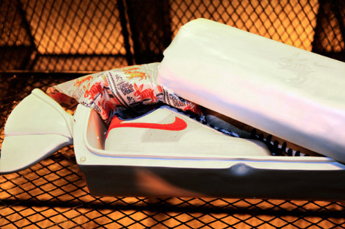 Nike-Air-Force-1-Supreme-'Year-Of-The-Rabbit'-Detailed-Images-02