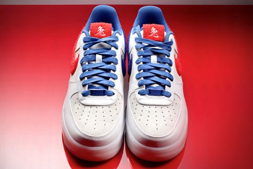 Nike-Air-Force-1-Low-Supreme-'Year-Of-The-Rabbit'-02