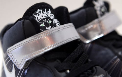 Nike-LeBron-VIII-(8)-V/2-'Cool-Grey'-Toddler-01